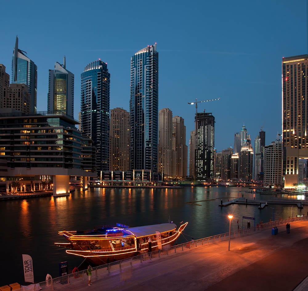 5 Best Things to Look Forward to during Dhow Dinner Cruise in Dubai